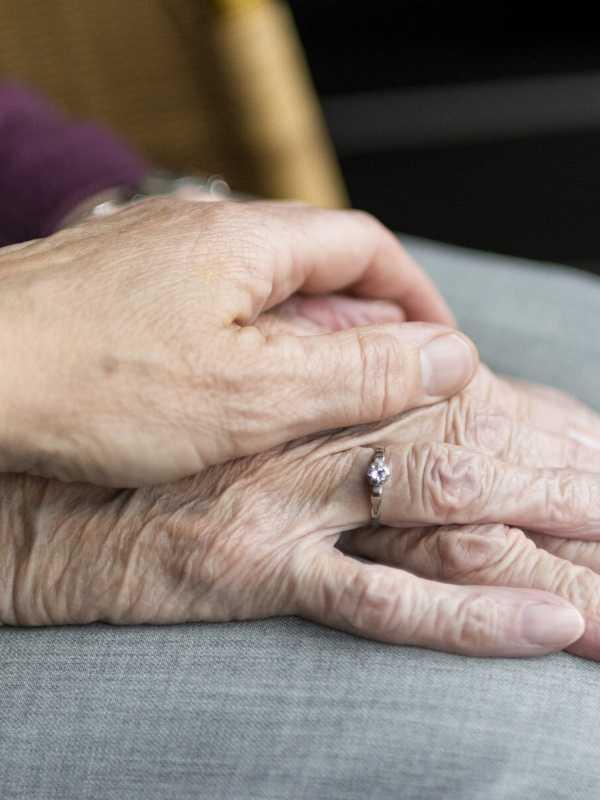 Hände Pflegedienst Neffeltal in Nörvenich Düren